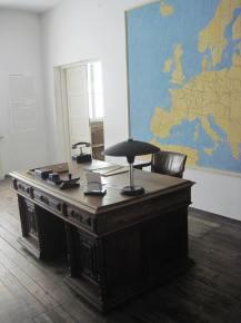 Schindler's office