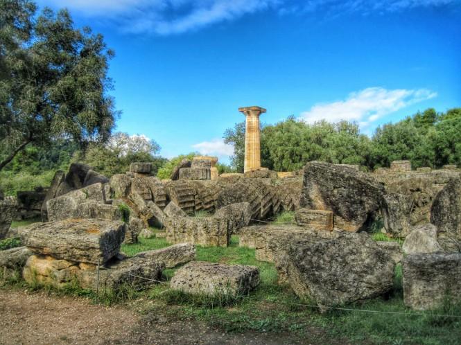 Temple of Zeus with fallen columns