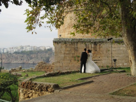 Wedding photos in front of Hidirlik Tower