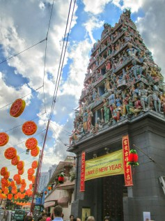 Sri Mariamann Temple in Chinatown