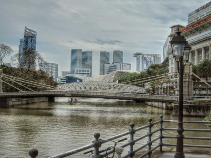 The famous Cavenagh Bridge, built in 1870