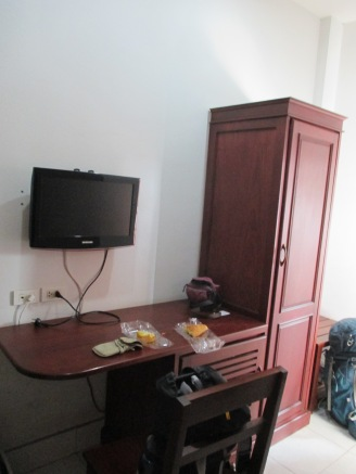 The nice desk in the room