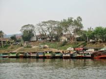 Entering Houay Xai