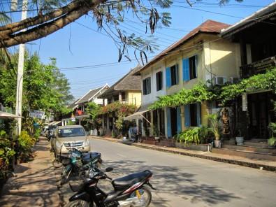 Strolling old town Luang Prabang