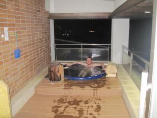 Eric enjoying the outdoor onsen